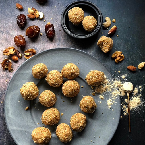 Boabab Date & Nut Balls
